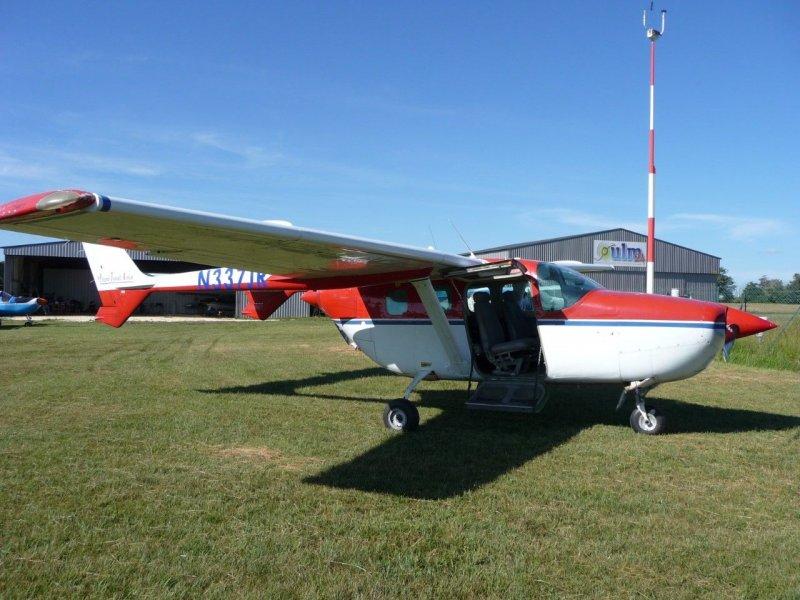 Cessna 337 - CLOSED - , AviaStock com